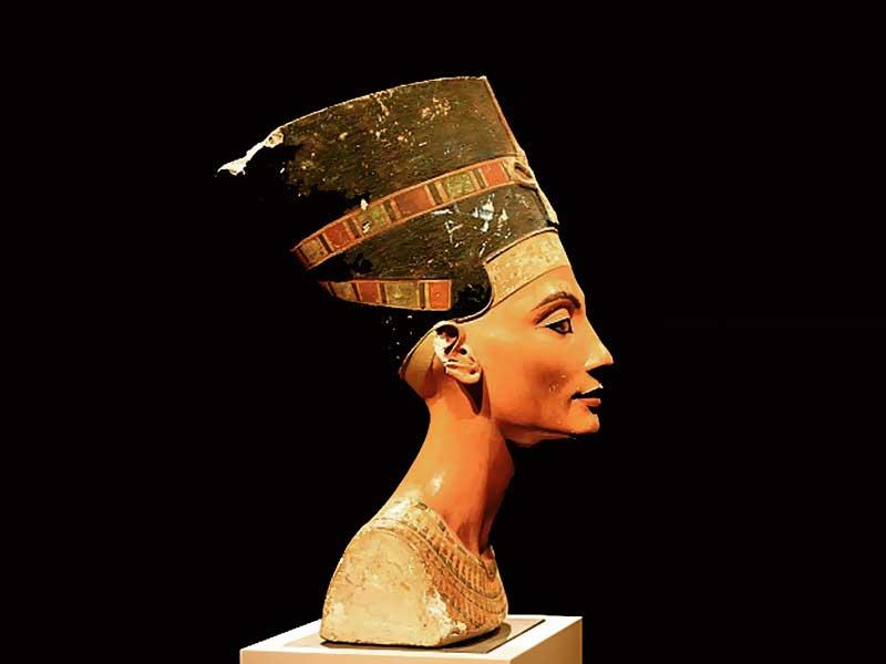 Нефертити. Nefertiti. Жена фараона. Древний Египет. Египетская царица. Цветная царица Берхарда. Истиное лицо Нефертити. Реферат Фото. Картинка. Обои для компьютера